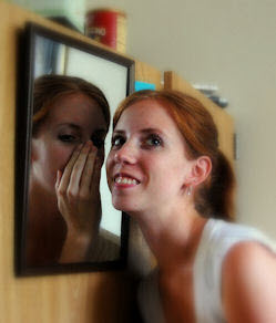 Picture_of_Person_in_mirror_talking_to_yourself